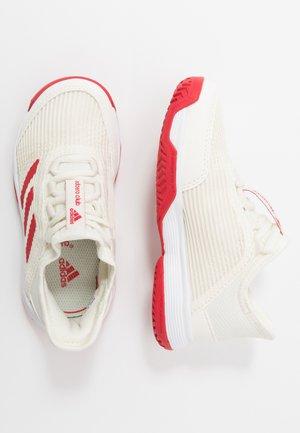 ADIZERO CLUB - Clay court tennis shoes - offwhite/scarlett/footwear white