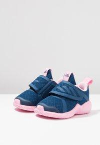 adidas Performance - FORTARUN X CF - Laufschuh Neutral - legend marine/true pink/footwear white - 3