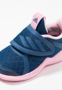 adidas Performance - FORTARUN X CF - Laufschuh Neutral - legend marine/true pink/footwear white - 2