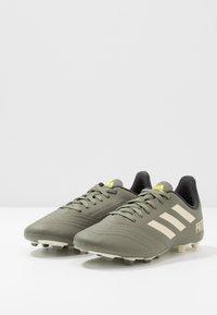 adidas Performance - PREDATOR 19.4 FXG - Voetbalschoenen met kunststof noppen - legend green/sand/solar yellow - 3