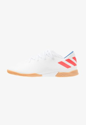 NEMEZIZ MESSI 19.3 IN - Chaussures de foot en salle - footwear white/solar red/football blue