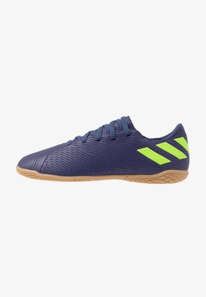 NEMEZIZ MESSI 19.4 IN - Indoor football boots - tech indigo/signal green/glow purple