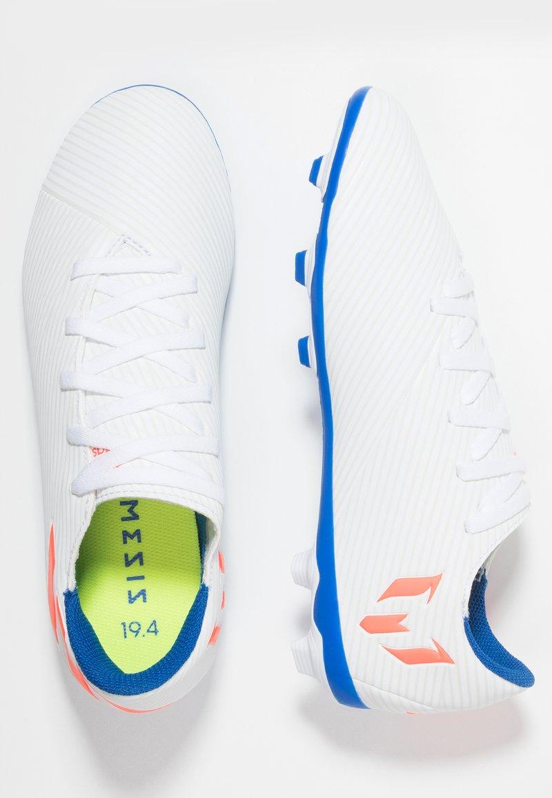 adidas Performance - NEMEZIZ MESSI 19.4 FXG - Korki Lanki - footwear white/solar red/football blue