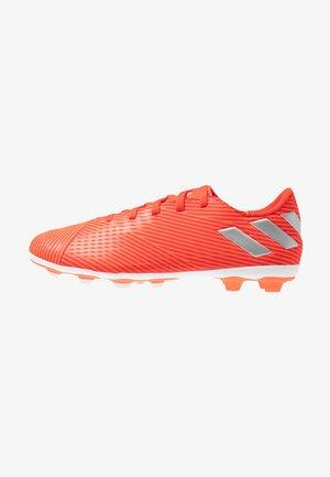NEMEZIZ 19.4 FXG - Chaussures de foot à crampons - active red/silver metallic/solar red