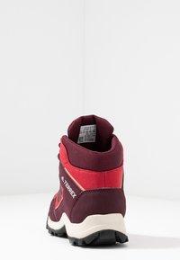 adidas Performance - TERREX  - Hiking shoes - activ margenta/core black - 4