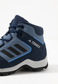 adidas Performance - TERREX  - Chaussures de marche - tech ink/core black/collegiate navy - 2