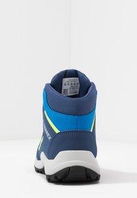 adidas Performance - TERREX HYPERHIKER TRAXION HIKING SHOES - Trekingové boty - glow blue/core black/signal green - 4