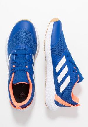 FORTAGYM - Sports shoes - clear royal/footwaer white/solar orange