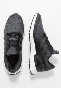 adidas Performance - RAPIDARUN - Hardloopschoenen neutraal - coreblack/carbon/footwear white - 1