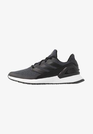 RAPIDARUN - Chaussures de running neutres - coreblack/carbon/footwear white
