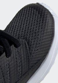 adidas Performance - RAPIDARUN SHOES - Hardloopschoenen neutraal - black - 7