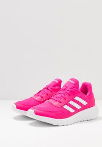 adidas Performance - TENSAUR RUN - Obuwie do biegania treningowe - shock pink/footwear white/light granite - 3