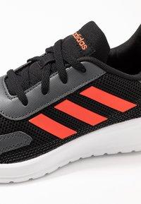 adidas Performance - TENSAUR RUN - Laufschuh Neutral - core black/solar red/grey six - 2