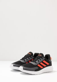 adidas Performance - TENSAUR RUN - Laufschuh Neutral - core black/solar red/grey six - 3