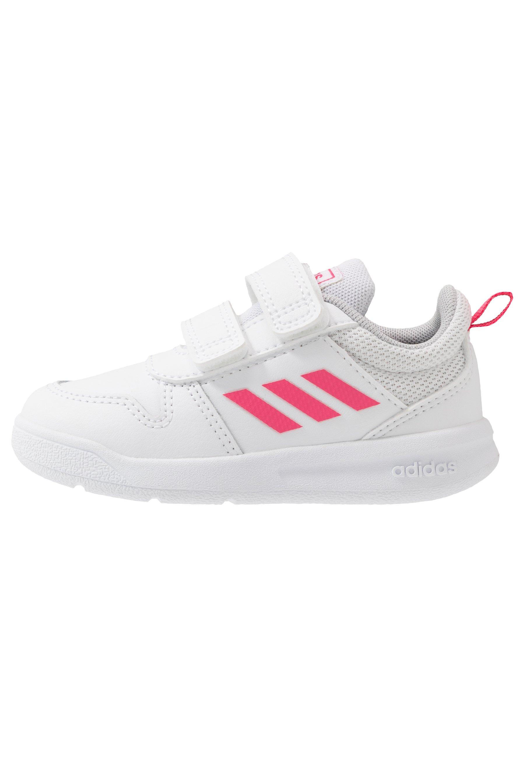 adidas Performance TENSAUR Chaussures d'entraînement et de