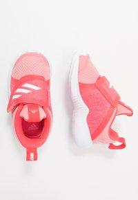 adidas Performance - FORTARUN X - Hardloopschoenen neutraal - glow pink/footwear white/shock red - 0