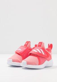 adidas Performance - FORTARUN X - Hardloopschoenen neutraal - glow pink/footwear white/shock red - 3