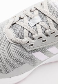 adidas Performance - DURAMO 9 - Neutrale løbesko - grey two/aero pink/footwear white - 2