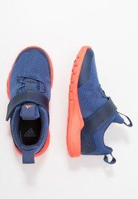 adidas Performance - RAPIDAFLEX - Obuwie do biegania treningowe - tech indigo/glow blue/solar red - 0