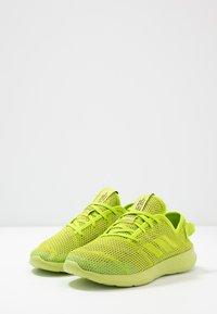 adidas Performance - FORTAREFINE  - Hardloopschoenen neutraal - semi solar slime - 3