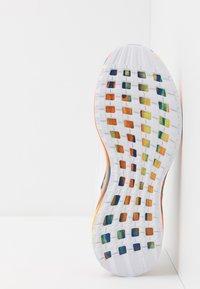adidas Performance - RAPIDARUN - Obuwie do biegania treningowe - footwear white/royal blue - 5