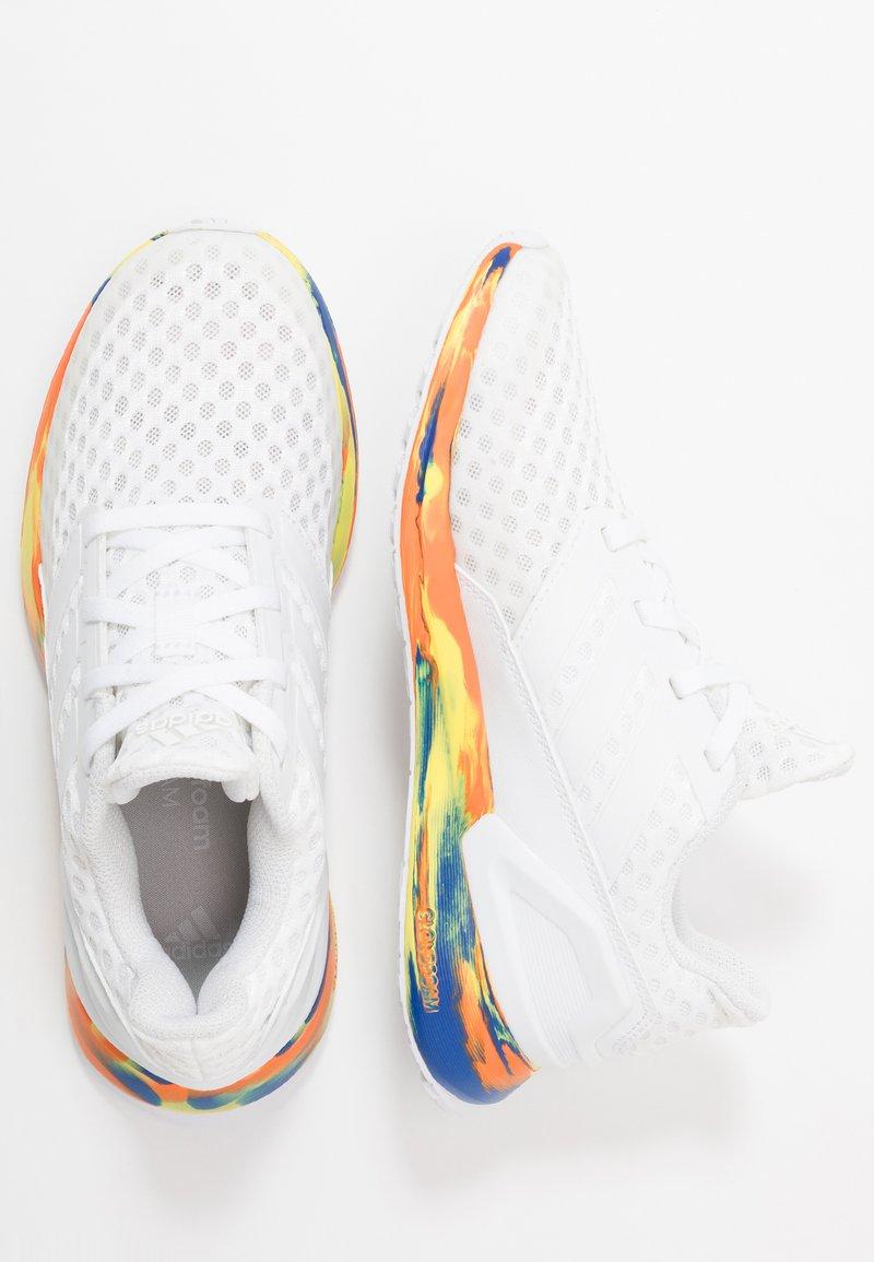 adidas Performance - RAPIDARUN - Obuwie do biegania treningowe - footwear white/royal blue