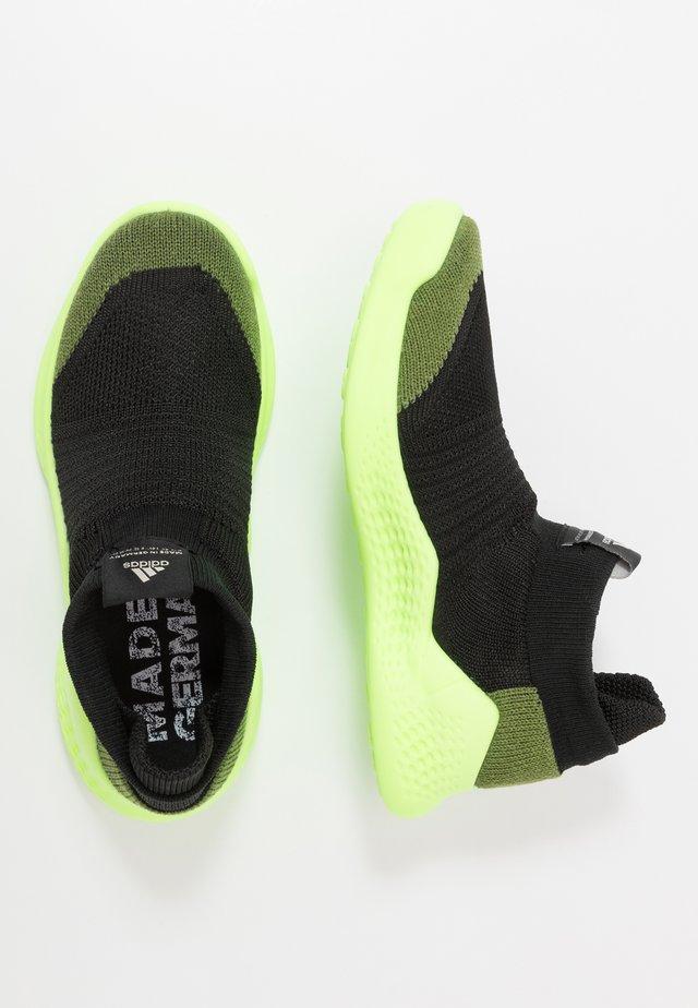PURE RNR - Neutrala löparskor - tech olive/core black/signal green