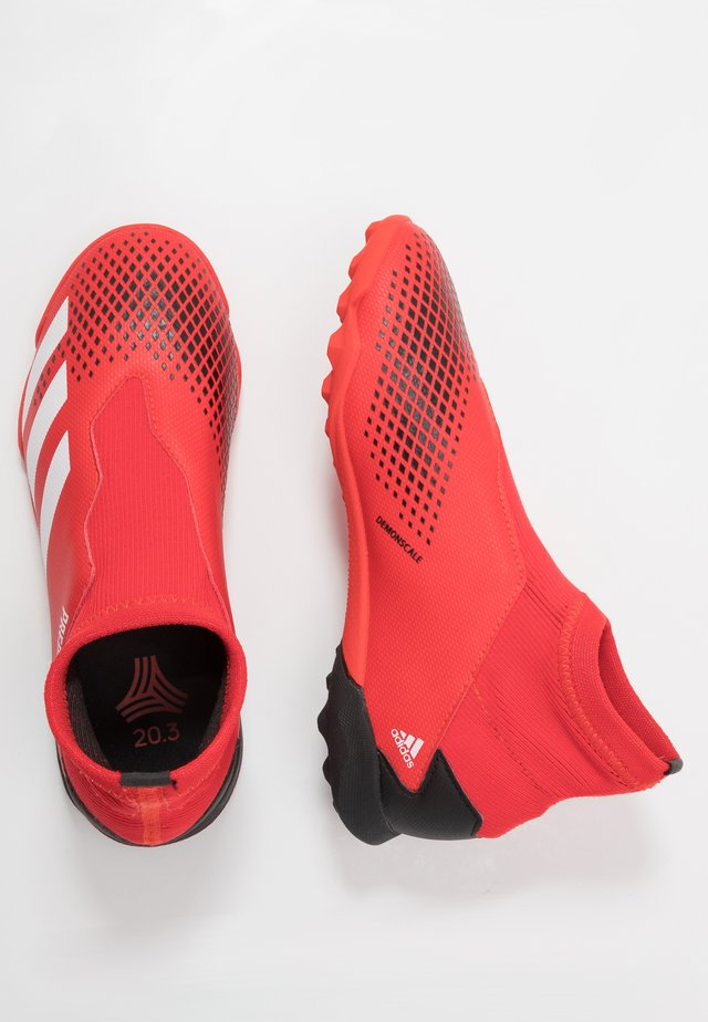 PREDATOR 20.3 LL TF - Scarpe da calcetto con tacchetti - active red/footwear white/core black