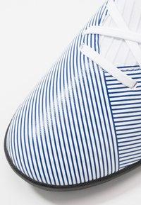 adidas Performance - NEMEZIZ 19.3 TF J - Korki Turfy - footwear white/royal blue - 2