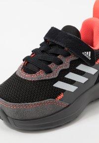 adidas Performance - RAPIDARUN ELITE - Chaussures de running neutres - core black/footwear white/solar red - 2