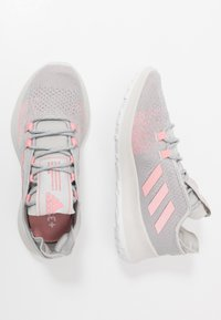 adidas Performance - SENSEBOUNCE + ACE - Laufschuh Neutral - grey two/glow pink/footwear white - 0
