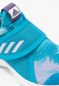 adidas Performance - FORTARUN X FROZEN - Laufschuh Neutral - bold aqua/puple tint/footwear white - 5