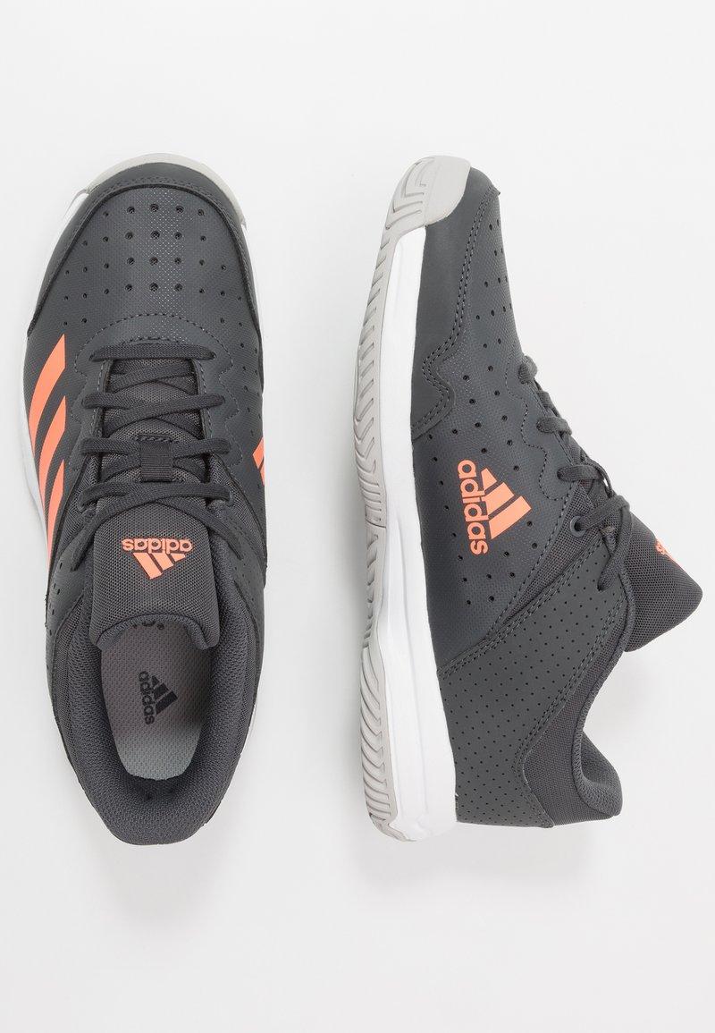 adidas Performance - COURT STABIL - Boty na házenou - grey six/signal coral/grey two