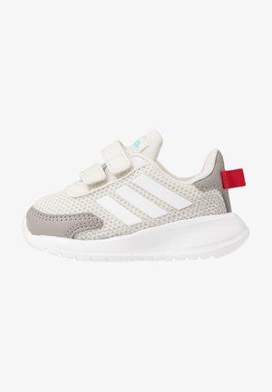 TENSAUR RUN - Hardloopschoenen neutraal - grey/footwear white/dove grey