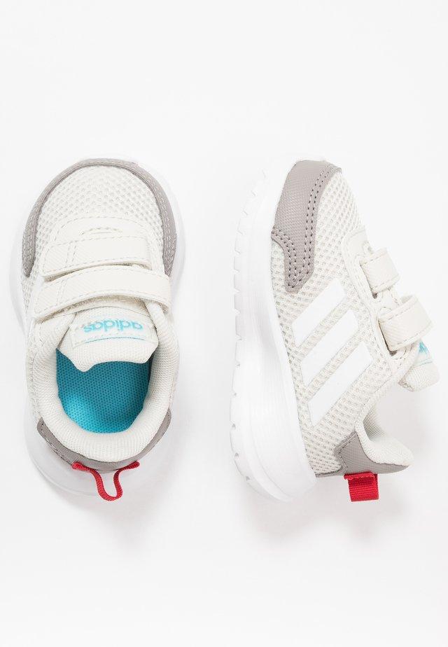 TENSAUR RUN - Laufschuh Neutral - grey/footwear white/dove grey