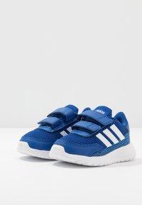 adidas Performance - TENSAUR RUN - Hardloopschoenen neutraal - royal blue/footwear white/bright cyan - 3