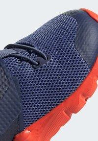 adidas Performance - RAPIDAFLEX SHOES - Sneakersy niskie - blue - 8