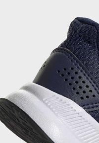 adidas Performance - RUN SHOES - Sneakersy niskie - blue - 8