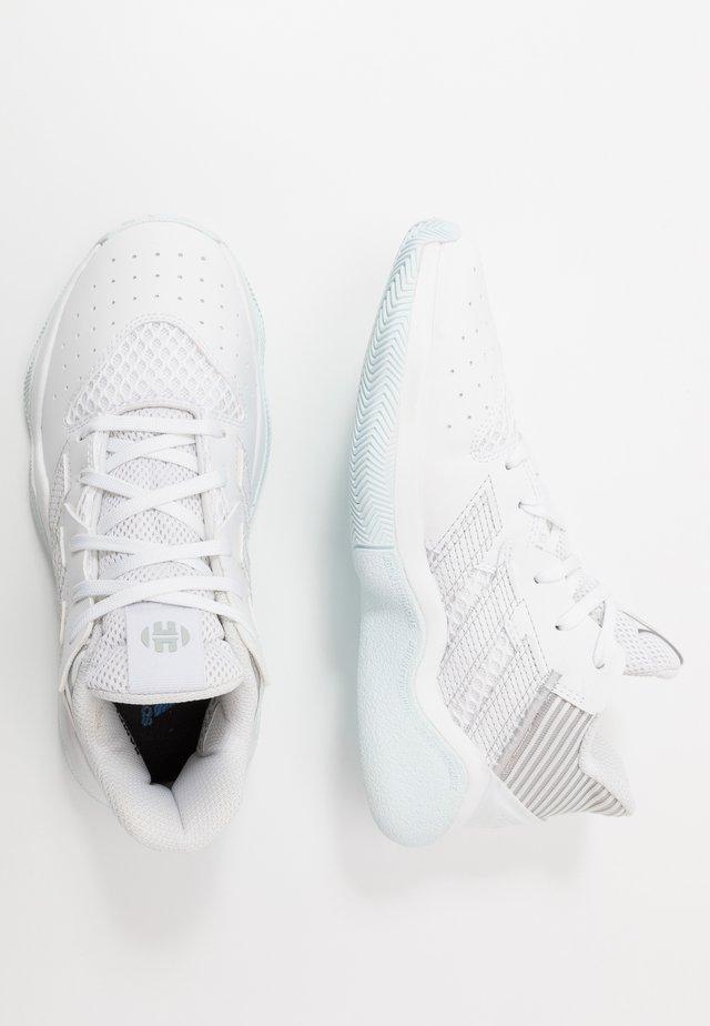 HARDEN STEPBACK - Obuwie do koszykówki - footwear white/silver metallic/sky tint