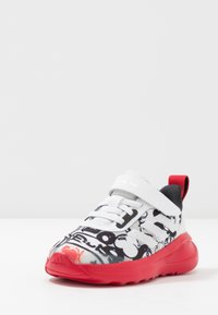 adidas Performance - FORTARUN MICKEY - Neutrální běžecké boty - footwear white/scarlet/core black - 2