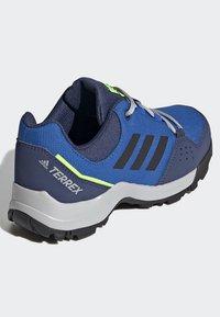 adidas Performance - TERREX HYPERHIKER LOW HIKING SHOES - Outdoorschoenen - blue/black/green - 3