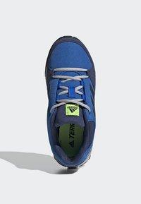 adidas Performance - TERREX HYPERHIKER LOW HIKING SHOES - Outdoorschoenen - blue/black/green - 1
