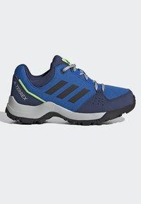 adidas Performance - TERREX HYPERHIKER LOW HIKING SHOES - Outdoorschoenen - blue/black/green - 5