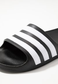 adidas Performance - ADILETTE AQUA - Badslippers - core black - 2