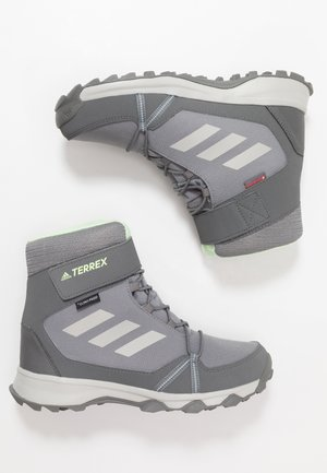 TERREX SNOW CF WINTER HIKING SHOES - Zimní obuv - grey three/grey two/glow green