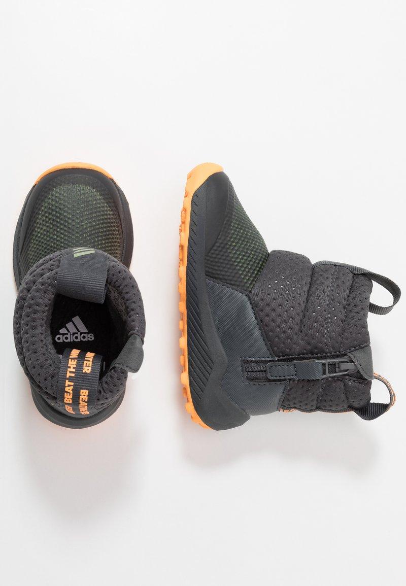 adidas Performance - RAPIDASNOW - Talvisaappaat - grey six/tech olive/flash orange