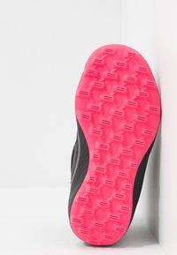 adidas Performance - RAPIDASNOW - Zimní obuv - core black/real pink/footwear white - 5