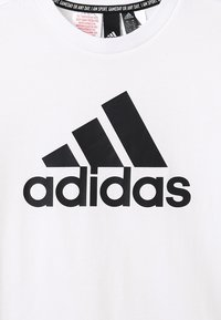 adidas Performance - ESSENTIALS SPORTS SHORT SLEEVE TEE - Print T-shirt - white/black - 3