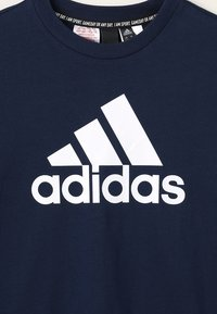 adidas Performance - ESSENTIALS SPORTS SHORT SLEEVE TEE - T-shirt print - conavy/white - 3