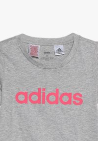 adidas Performance - T-shirt imprimé - mottled grey/pink